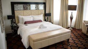 Hotel am Steinplatz, Where to Stay in Berlin: My bed