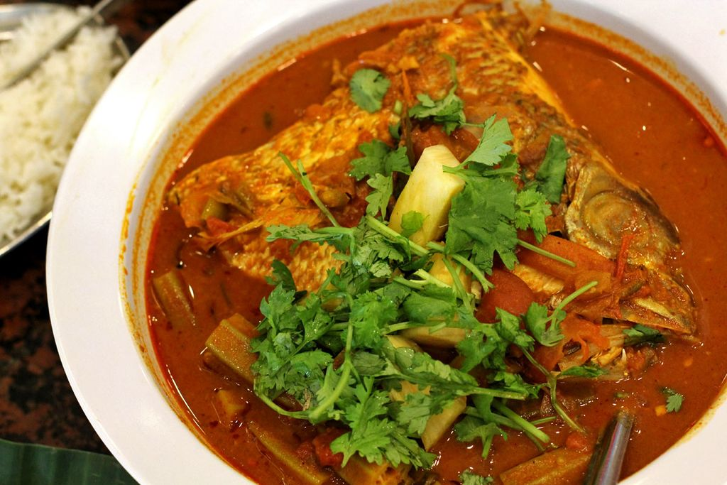 Delicious Destinations Singapore - Snapper fish head with curry