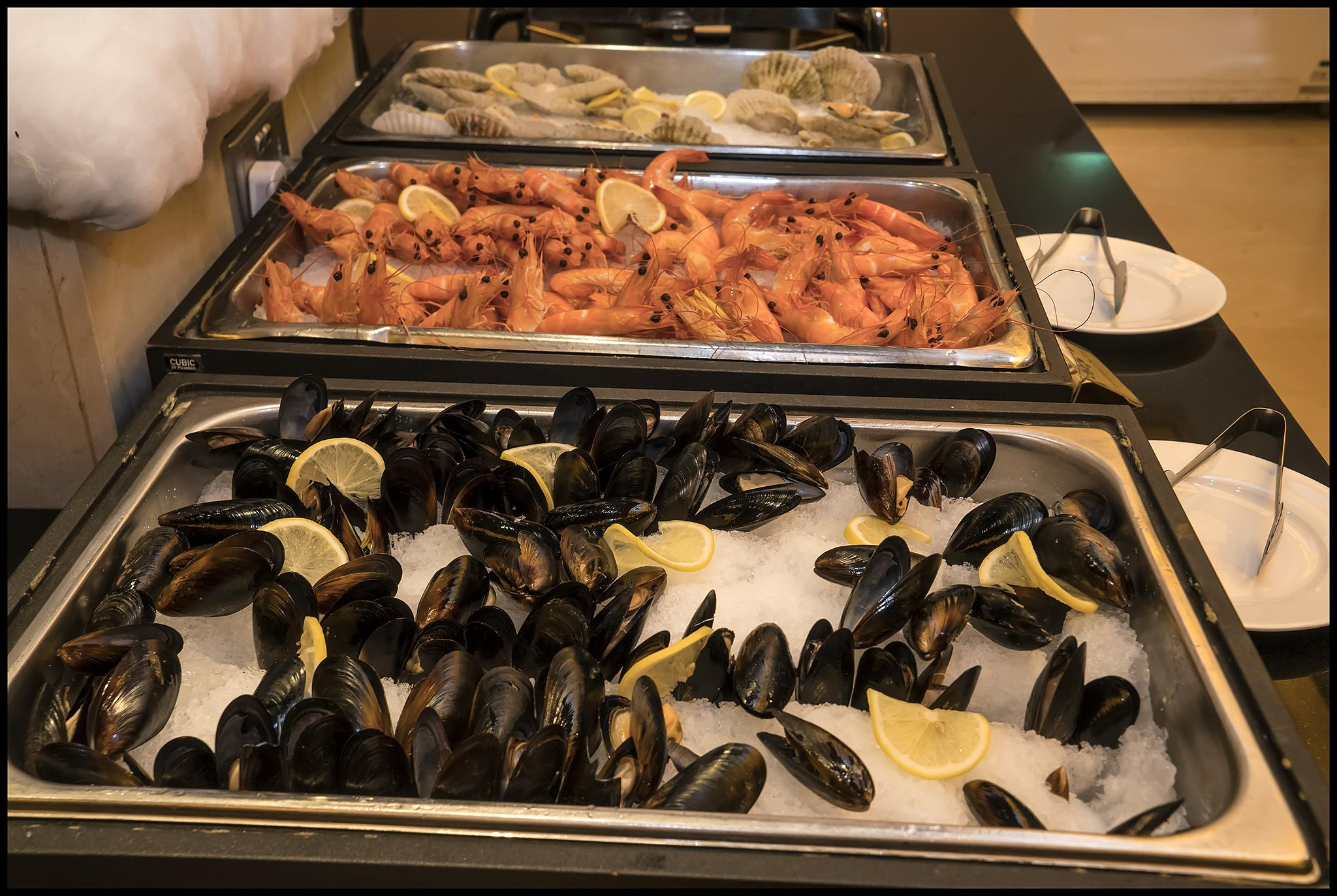 Delicious Destinations Las Vegas - Buffet of Seafood