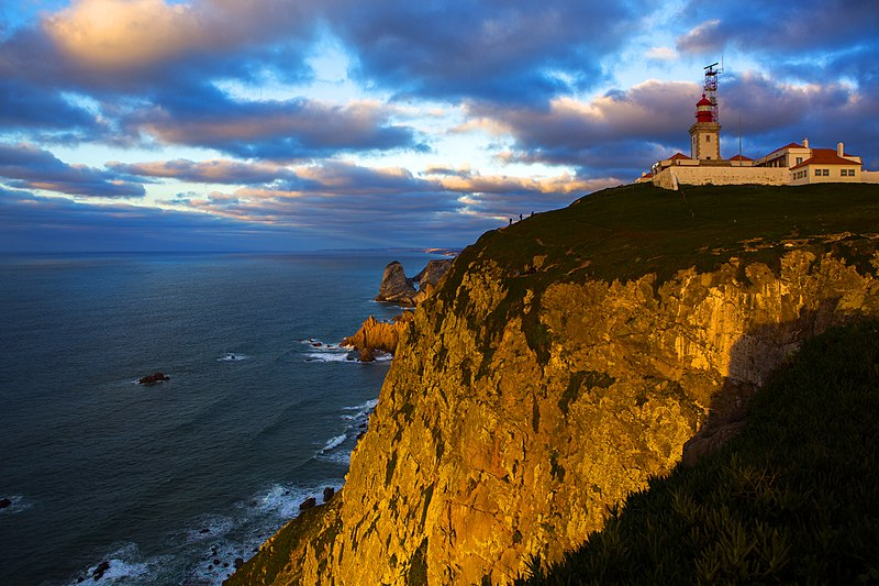 Day Trips from Lisbon - Cabo da Roca on sunset - photo by Olga1969 under CC-BY-4.0
