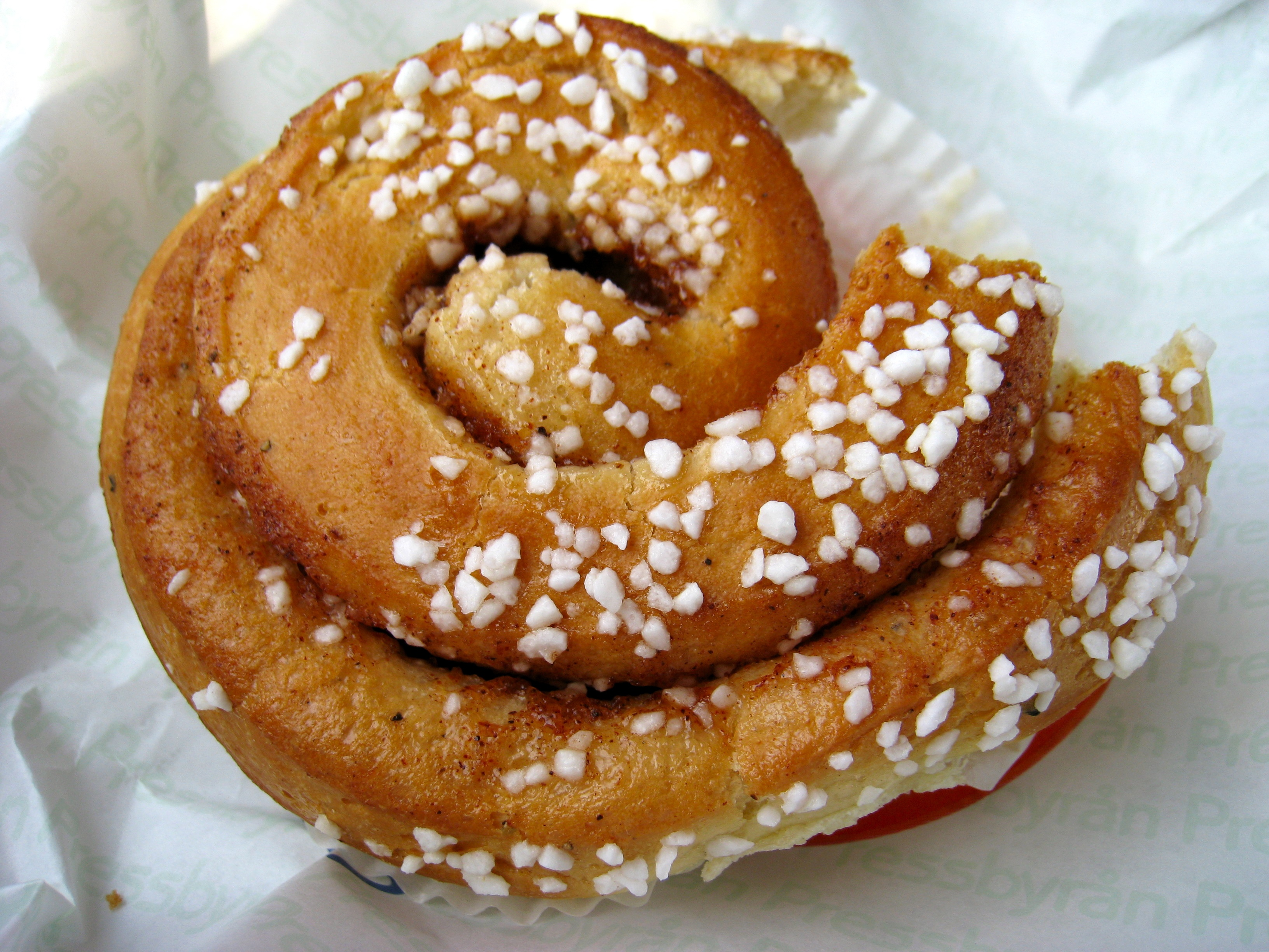 Kanelbullar photo by optische_taeuschung under CC BY-SA 2.0