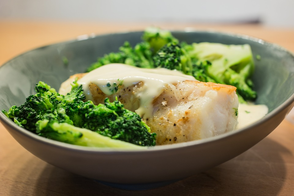 Anthony Bourdain Croatia - Monkfish with Broccoli - photo by Max Pixel under CC0