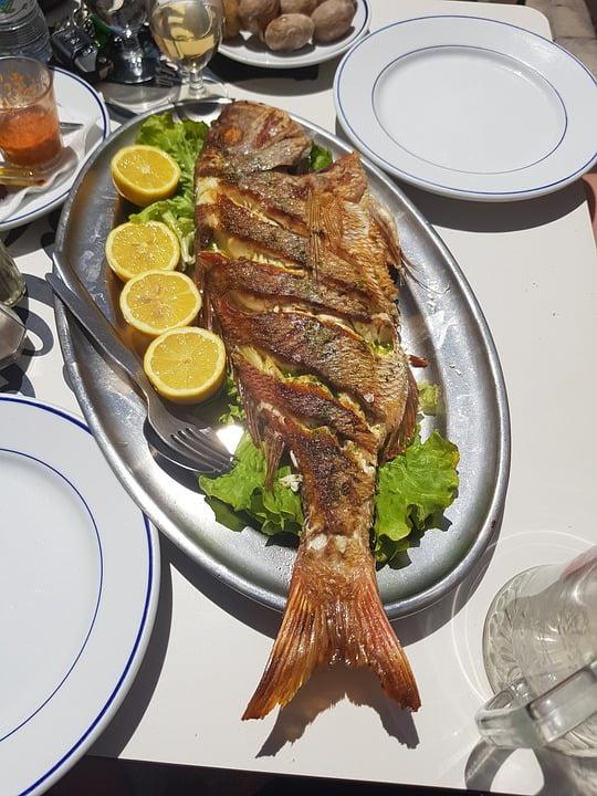 Pescado frito - photo by Max Pixel under CC0