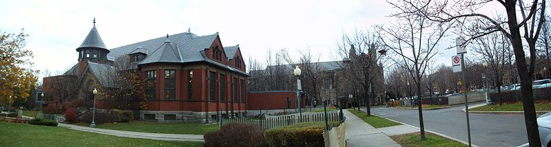 free things to do in Montreal - Westmount Public Library in Montreal - photo by Jeangagnon under CC-BY-SA-3.0