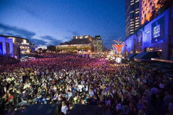 Festival International de Jazz de Montréal in Quartier des Spectacles - photo by fr:Jocelynhade under CC-BY-SA-3.0,2.5,2.0,1.0