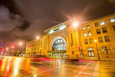 Union Station at Winnipeg - photo by Erik Araújo under CC BY-SA 2.0