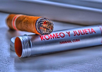 Romeo y Julieta cigar - photo by Andrew E. Larsen under CC BY-ND 2.0