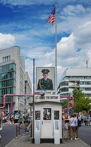 Checkpoint Charlie Memorial - photo by Marek Śliwecki under CC-BY-SA-4.0