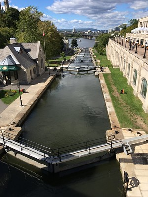 free things to do in Ottawa - a portion of Rideau Canal - photo by remundo under CC BY-SA 2.0