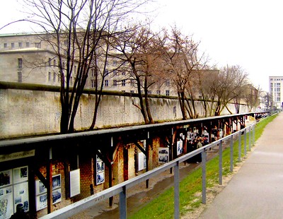 Topography of Terror, Berlin, Germany: Remains from the Berlin Wall above, portions of the Gestapo and SS Headquarters from WWII below - photo by Andy Montgomery under CC BY-SA 2.0