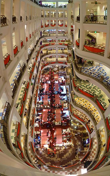 The main atrium of Berjaya Times Square shopping mall - photo by Cmglee under CC-BY-SA-3.0