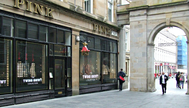 best shopping in Glasgow - Thomas Pink in Glasgow - photo by Thomas Nugent under CC BY-SA 2.0