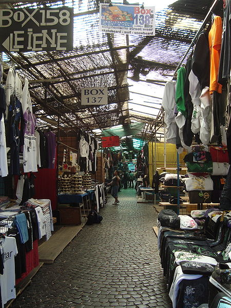 best shopping in rome - Mercato di Via Sannio - photo by LPLT under CC-BY-SA-3.0