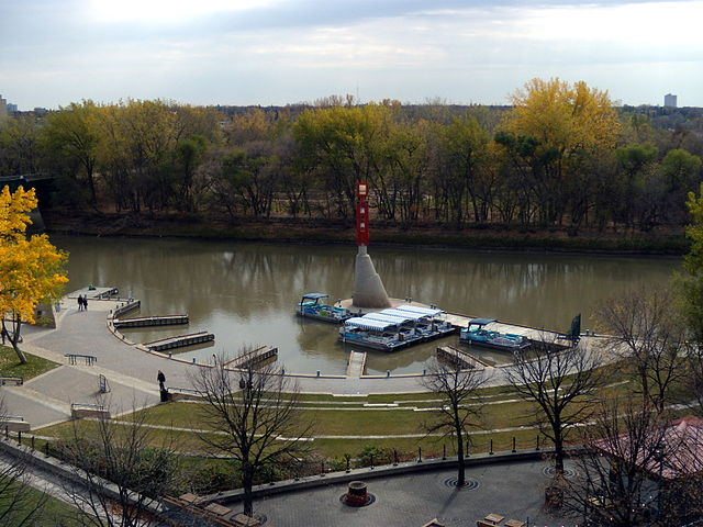 free things to do in Winnipeg - The Forks Historic Port in Winnipeg, Manitoba - photo by Ccyyrree under CC-Zero