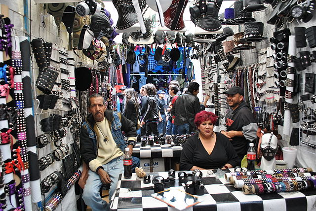 best shopping in Mexico City - a stall at Tianguis Cultural del Chopo - photo by ProtoplasmaKid under CC-BY-SA-3.0