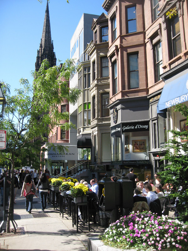 best shopping in Boston - Newbury Street, Boston - photo by Tim Grafft/MOTT under CC BY-ND 2.0
