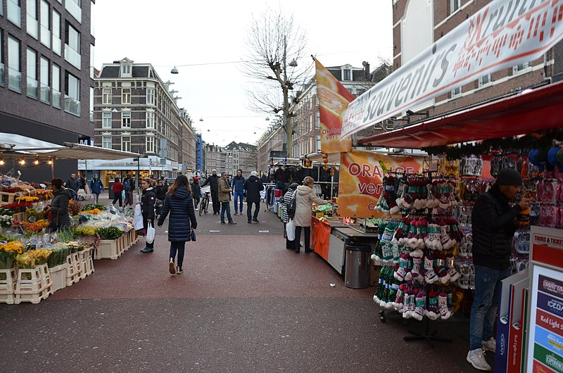 Some of the stalls at Albert Cuypmarkt - photo by Steven Lek under CC-BY-SA-4.0