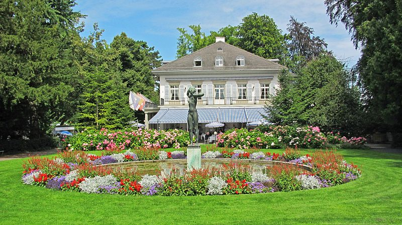 Belvoir Park - photo by Juerg.hug under CC-BY-SA-3.0