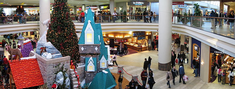 best shopping in Calgary - Inside Calgary Sunridge Mall - photo by Benefactor123 (talk) (Uploads) under GFDL and CC BY-SA 3.0