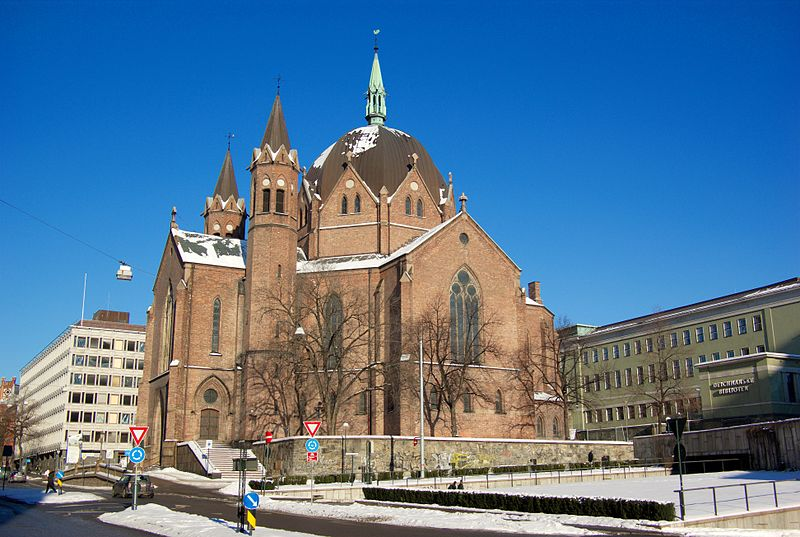 free things to do in Oslo - Trefoldighetskirken in Oslo, Norway - photo by Bjørn Erik Pedersen under CC-BY-SA-3.0-migrated, GFDL and CC-BY-SA-2.5,2.0,1.0