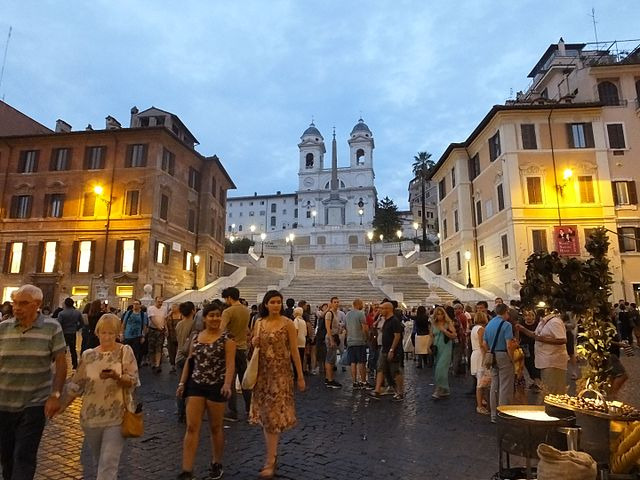 best shopping in rome - Piazza di Spagna - photo by MaraLau under CC-BY-SA-4.0