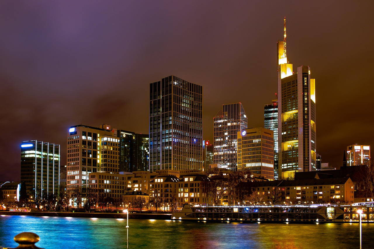 free things to do in Frankfurt - Frankfurt, Germany skyline at night - photo by Alexander Droeger from Pixabay under Pixabay License