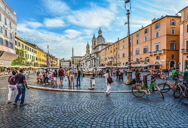 Piazza Navona in Rome, where L'Artigianato can be found - photo by Kirk Fisher from Pixabay under Pixabay License