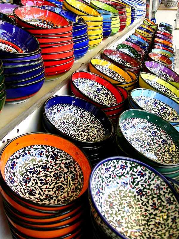 Array of colors on display in Arasta Bazaar - photo by Vladimer Shioshvili under CC BY-SA 2.0