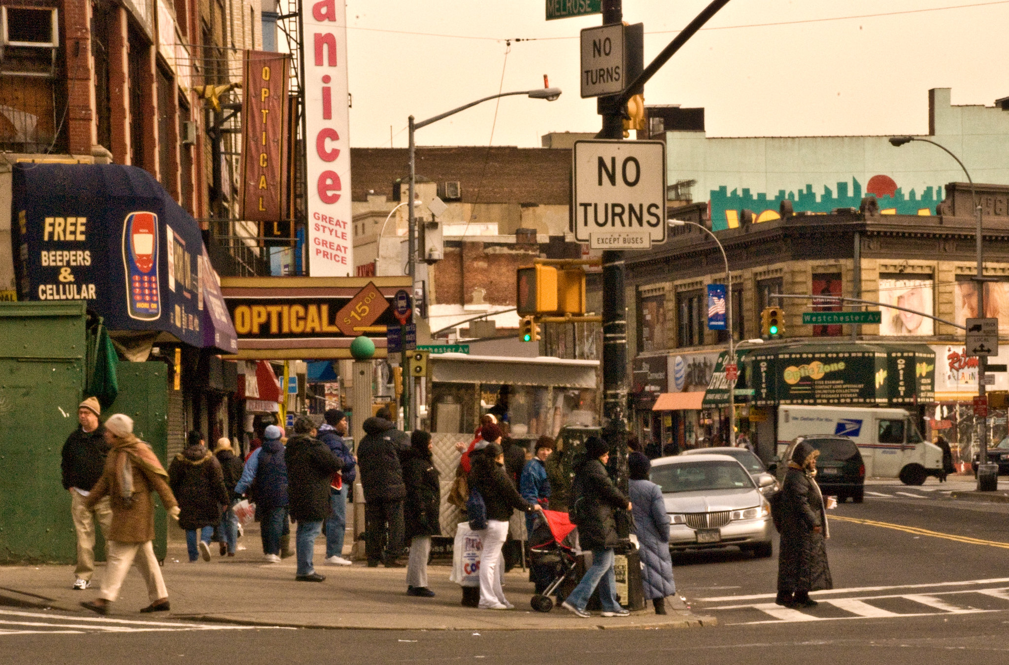 3rd. Avenue and 149th. Street, The Bronx, New York - photo by Phillip Capper under CC BY 2.0