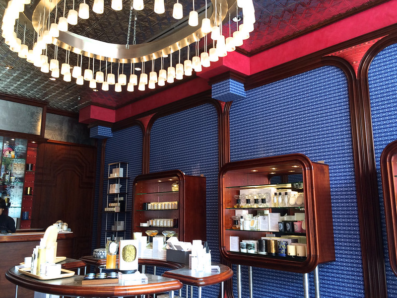 diptyque luxury fragrance boutique - photo by Lou Stejskal under CC BY 2.0