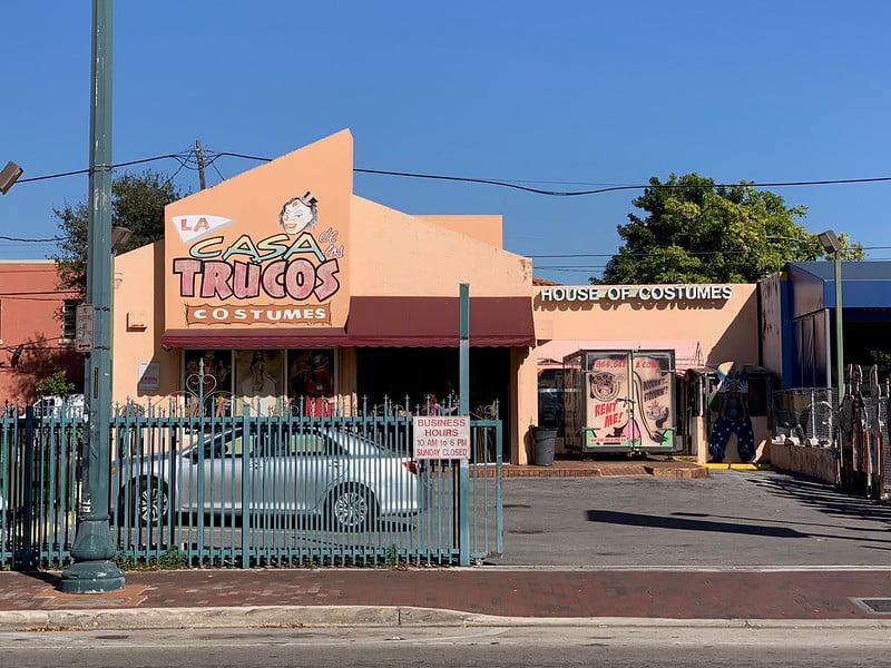 La Casa De Los Trucos (House of Costumes) - photo by Phillip Pessar under CC BY 2.0