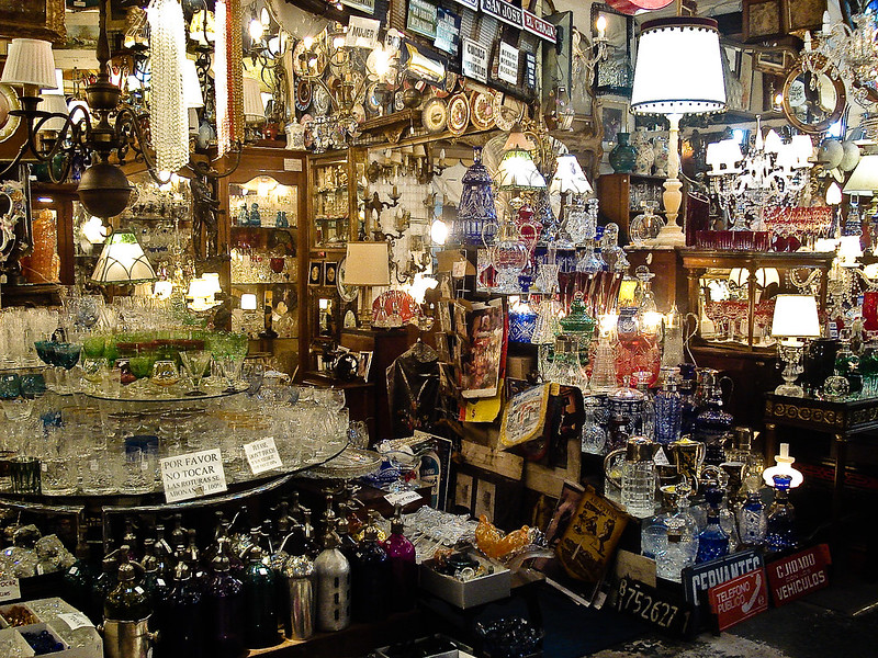 Inside a shop in Feria de San Telmo at Plaza Dorrego - photo by Denise Mayumi under CC BY 2.0