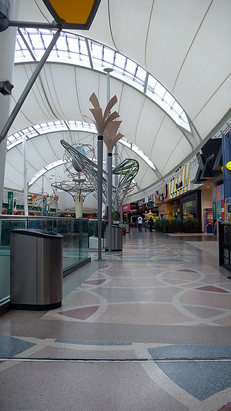 best shopping in Madrid - Inside Madrid Xanadú - photo by FDV under CC-BY-SA-2.5