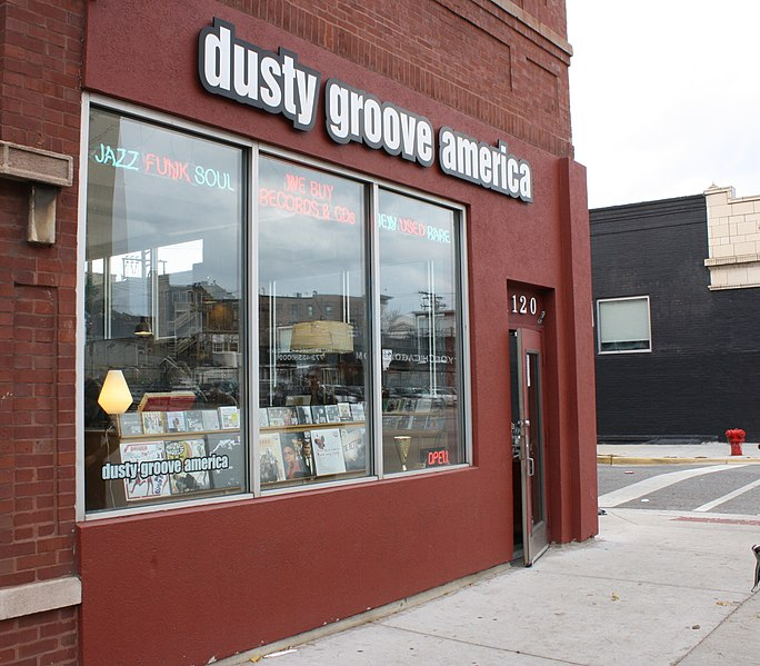 best shopping in Chicago - Front entrance to the Dusty Groove America storefront and headquarters in Chicago - photo by Kyle Akerman under CC BY 2.0