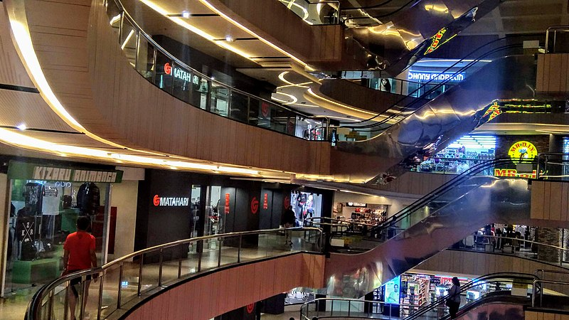Inside Blok M Plaza in the evening - photo by Vulphere under CC-BY-4.0