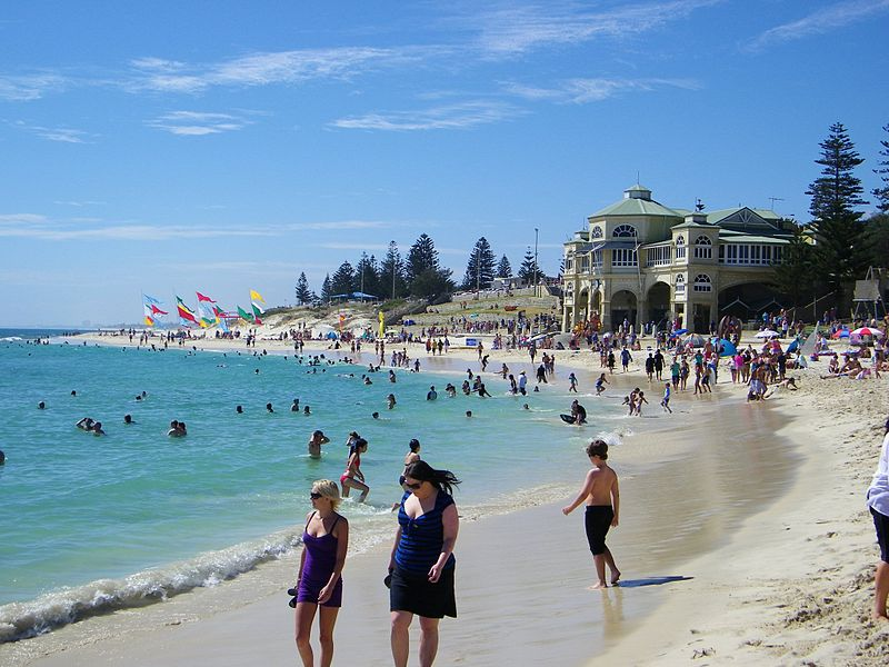 free things to do in Perth - Cottesloe Beach - photo by Michael_Spencer from Perth, WA, Australia under CC-BY-2.0