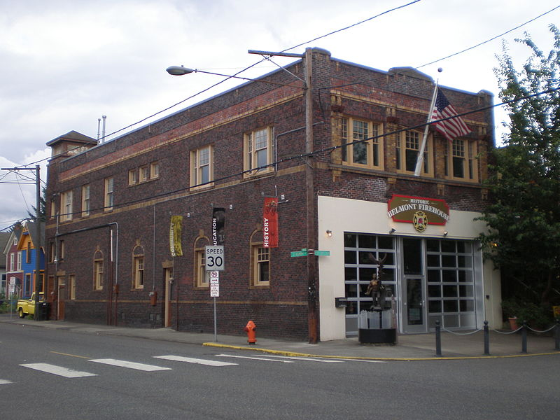 free things to do in Portland, Oregon - The Historic Belmont Firehouse in southeast Portland, Oregon - photo by Another Believer under CC-BY-SA-3.0