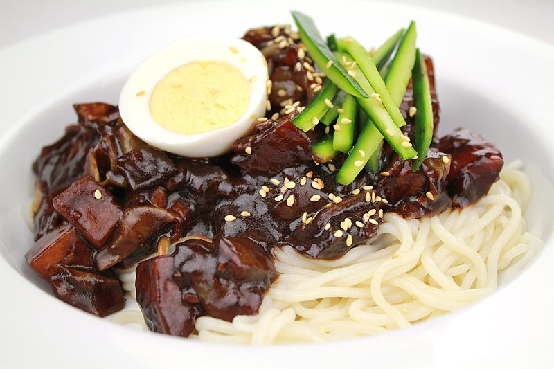 Anthony Bourdain Korea - Jajangmyeon - photo by KFoodaddict under CC-BY-2.0