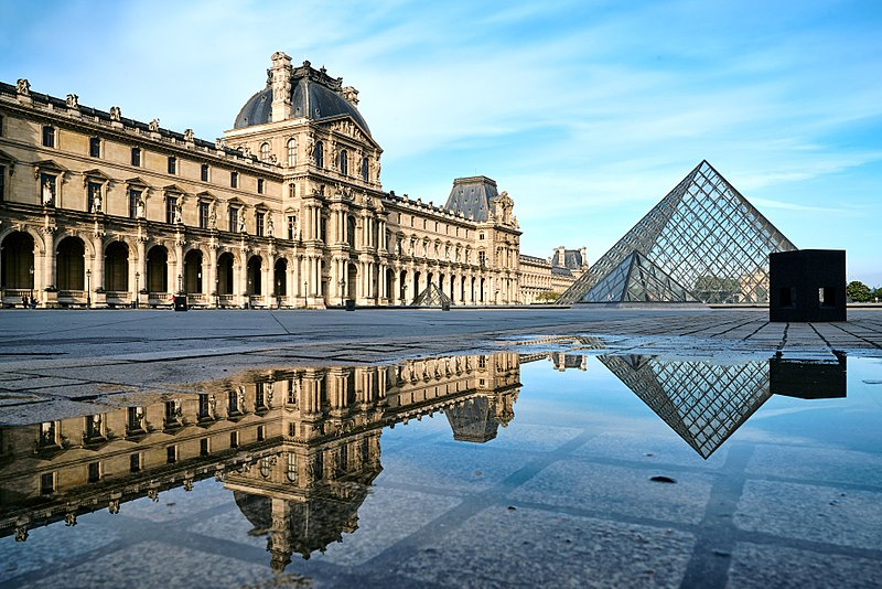 Three days in Paris - Louvre Museum in Paris - photo by 	Pedro Szekely from Los Angeles, USA under CC-BY-SA-2.0