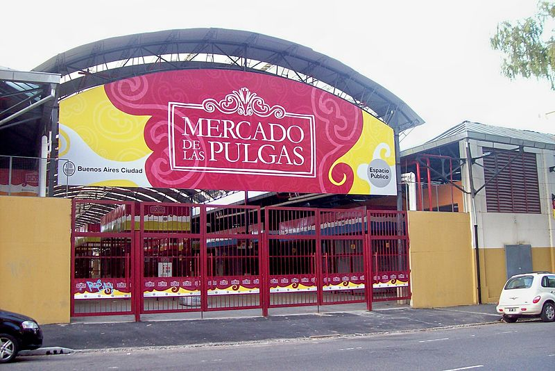 The entrance to Mercado de las Pulgas - photo by Roberto Fiadone under CC-BY-SA-3.0