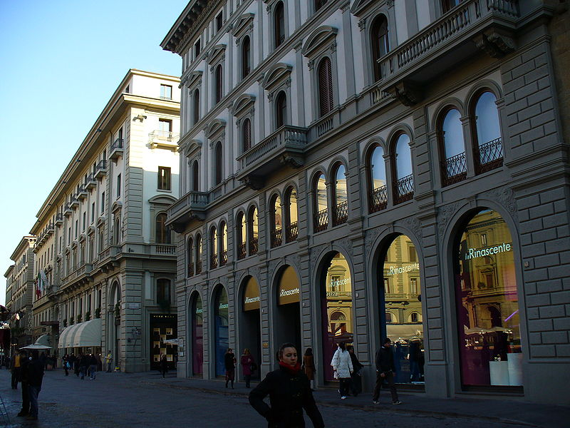 best shopping in Florence - La Rinascente in Florence - photo by Freepenguin under CC BY-SA 3.0 and GFDL