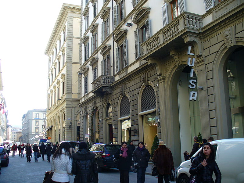 best shopping in Florence - Via Roma in Florence - photo by Freepenguin under CC-BY-SA-3.0 and GFDL