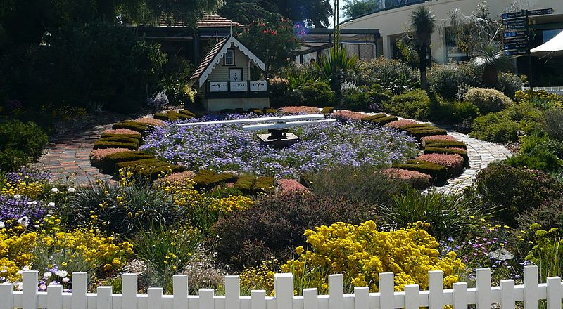 The Floral Clock at Kings Park and Botanic Garden - photo by grumpylumixuser under CC-BY-3.0