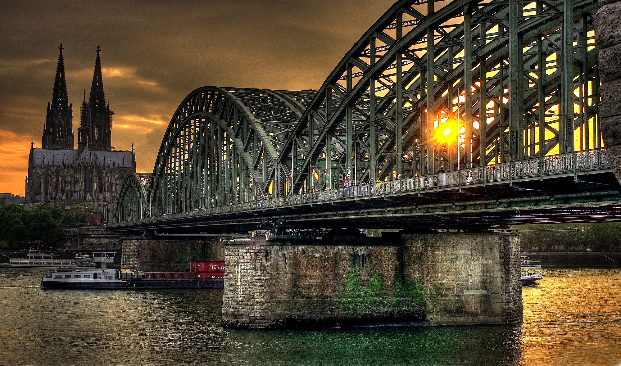 Hohenzollern Railway Bridge in downtown Cologne - photo by Thomas Depenbusch (Depi) under CC BY 2.0