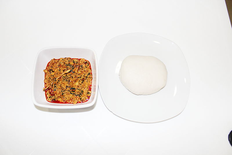 Anthony Bourdain Lagos - Egusi Soup and Pounded Yam - photo by Ask4ugo under CC-BY-SA-4.0