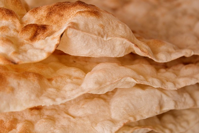Armenian Lavash - photo by armennano under Pixabay License