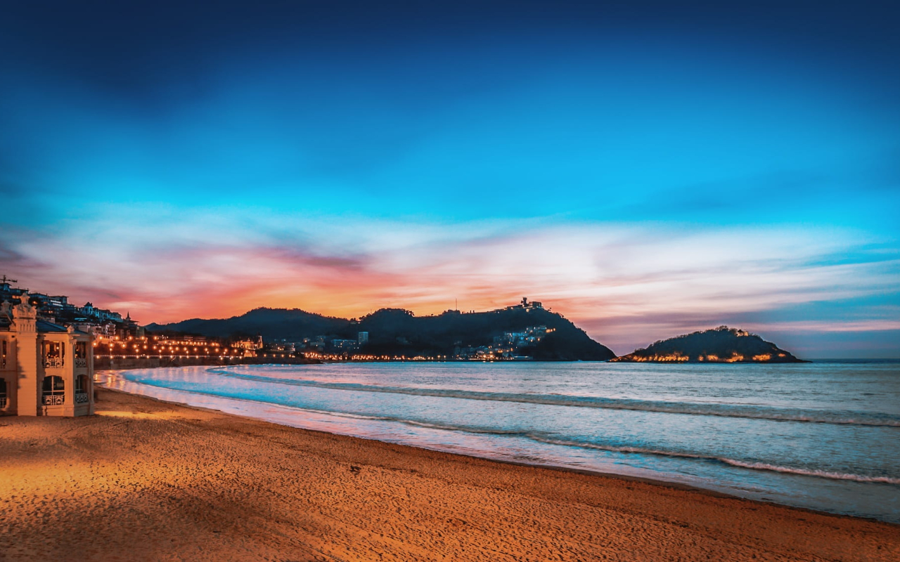 Sunset in Donostia-San Sebastian - photo from pxfuel.com under CC0 1.0