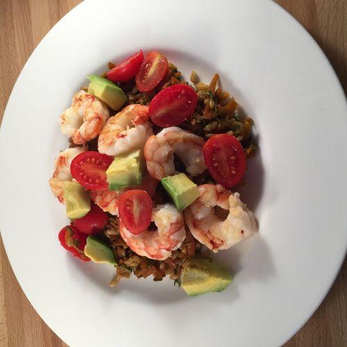 Anthony Bourdain Uruguay - Prawn Salad - photo by dottchiari under Pixabay License